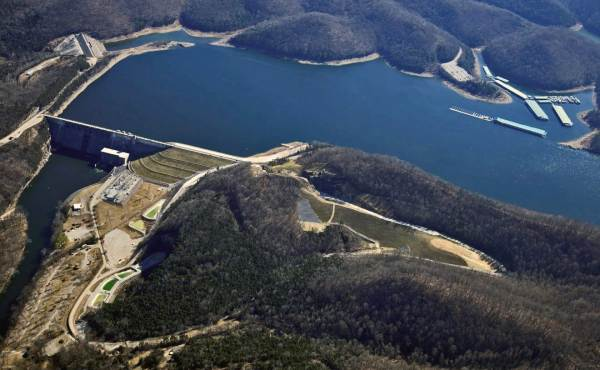 Geosyntec provided engineering and geo-instrumentation support during radiation of the Center Hill Dam Embankment.