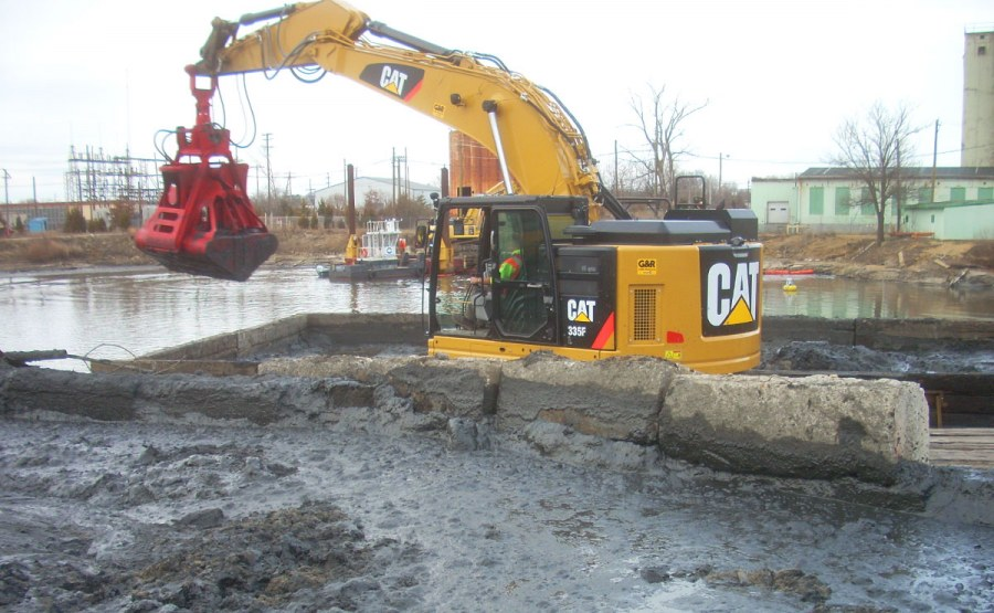 Geosyntec developed several cost and time saving approaches to the remediation and closure of an industrial waste pond in New Jersey.