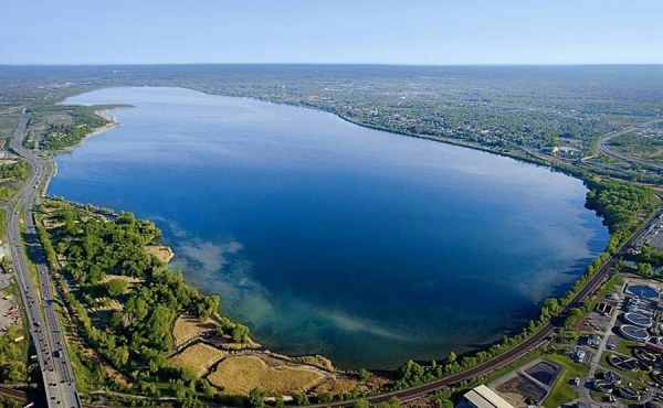 Geosyntec is designing a Sediment Consolidation Area to receive up to 2.65 million cubic yards of contaminated sediment dredged from Onondaga Lake.
